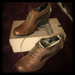 Hush Puppies brown wedge Oxford.
